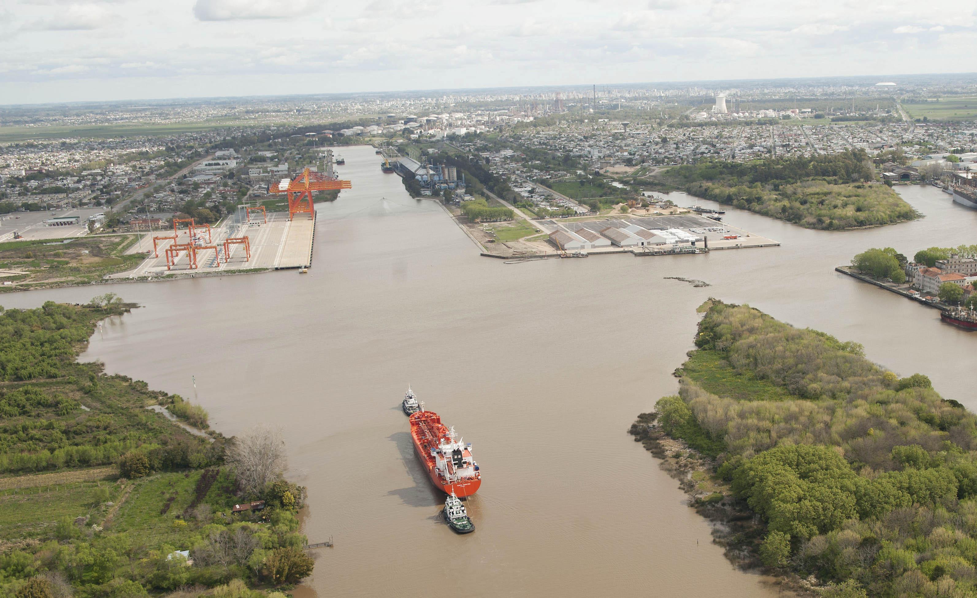 Objetivo Puerto Buenos Aires: alcances y riesgos de la inusitada presión política bonaerense